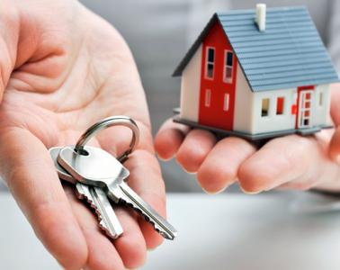 pemilik-bisnes-rumah-sewa-bayar-duit-sewaan-rental-sale-house-loan-payment
